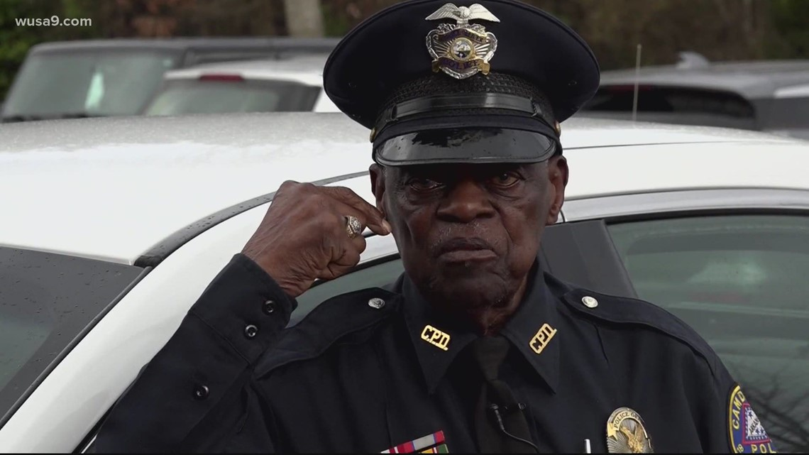 Meet the oldest working police officer in the United States | Get Uplifted