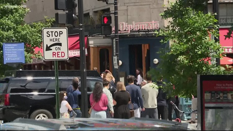 Biden, Harris make unscheduled stop at DC's Le Diplomate   It's A DC Thing