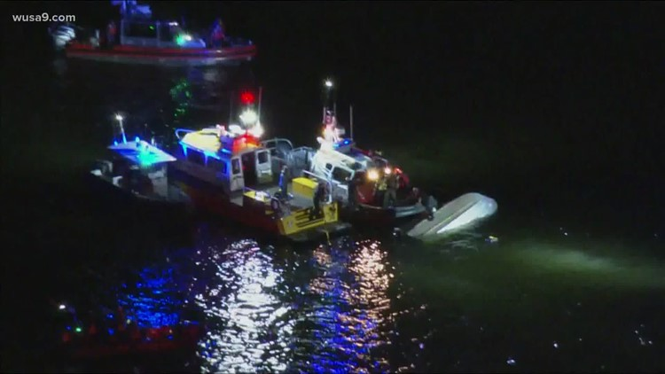 4 people rescued in Chesapeake Bay after boat overturns, Anne Arundel officials say