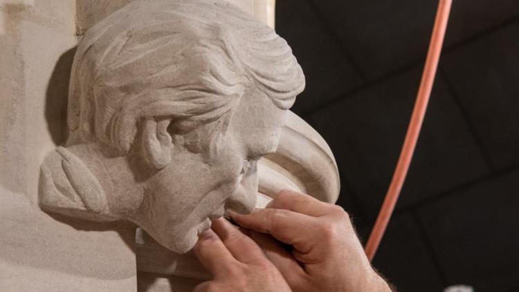 National Cathedral honors Nobel laureate Elie Wiesel with new stone carving