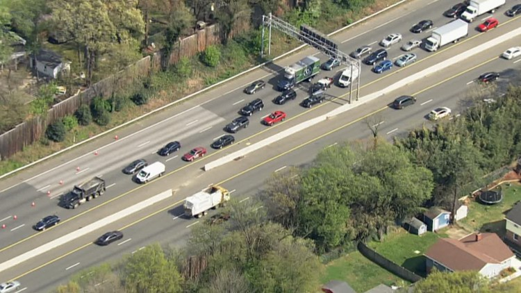 Man found lying on I-495 after allegedly jumping out vehicle, police say