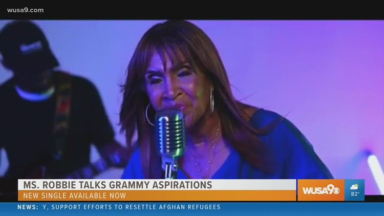 Get her to the Grammys! Ms. Robbie releases her new single