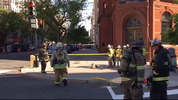 Building evacuated after gas leak near White House