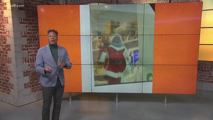 Black Santa Claus spreads holiday cheer at CVS