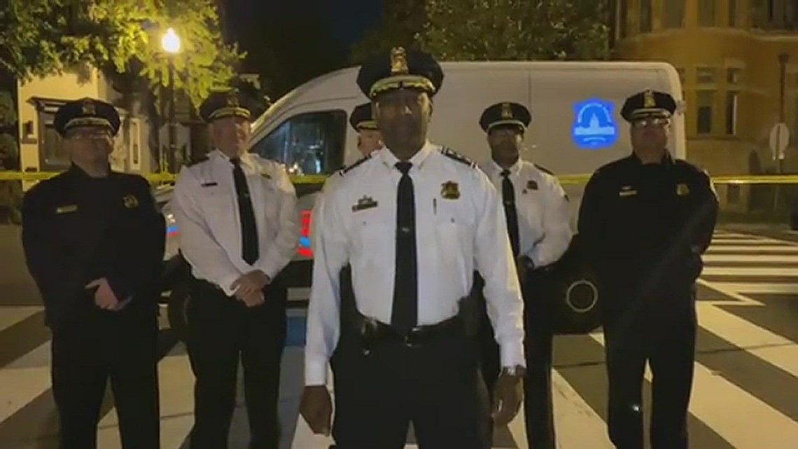 DC Police investigate shooting after off-duty officer intervenes in armed robbery