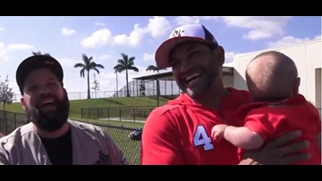 Dave Martinez reunites with baby he helped introduce to father