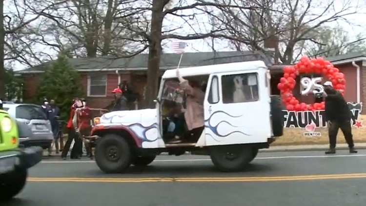 Car parade helps 95-year-old DC native, Tuskegee Airman celebrate his birthday   Get Uplifted