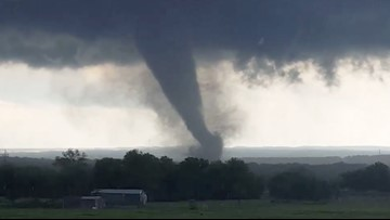'Long-track and violent' tornadoes likely Monday in Southern Plains outbreak