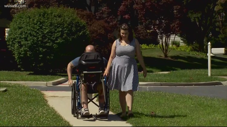 Maryland students help man in wheelchair take newborn for a stroll | Get Uplifted