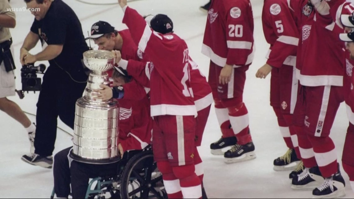 Flashback to 1998 when the Caps lost the Stanley Cup on home ice ... b06532186