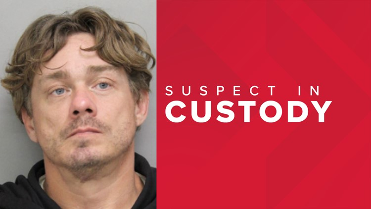 Police: Strangers block robbery suspect at Wawa from escaping