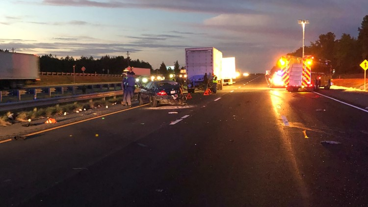 Virginia State Police: One dead in I-95 crash involving three tractor trailers