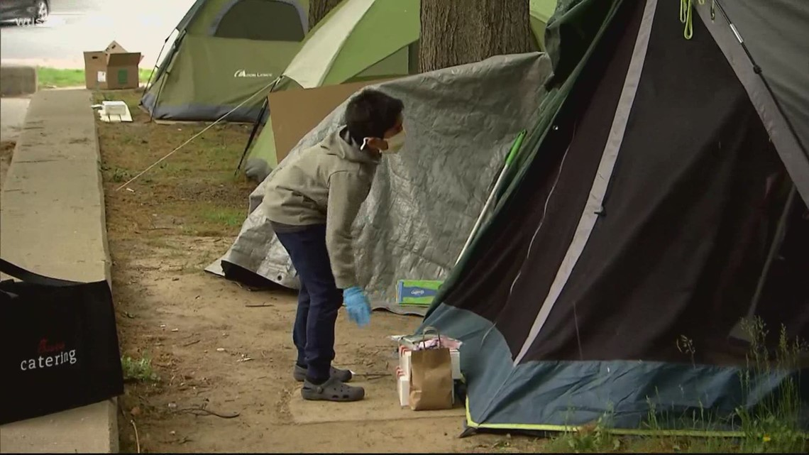 This 8-year-old Virginia boy is on a mission to help the homeless | Get Uplifted