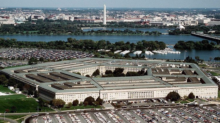 Report: Pentagon needs to improve business practices