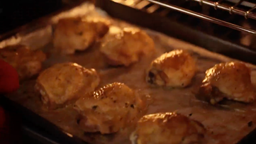 Sheet pan chicken: an easy and affordable dinner!